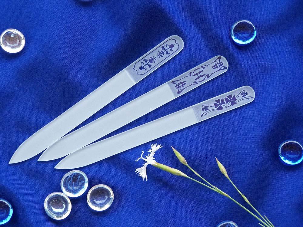 Sandblasted crystal nail files